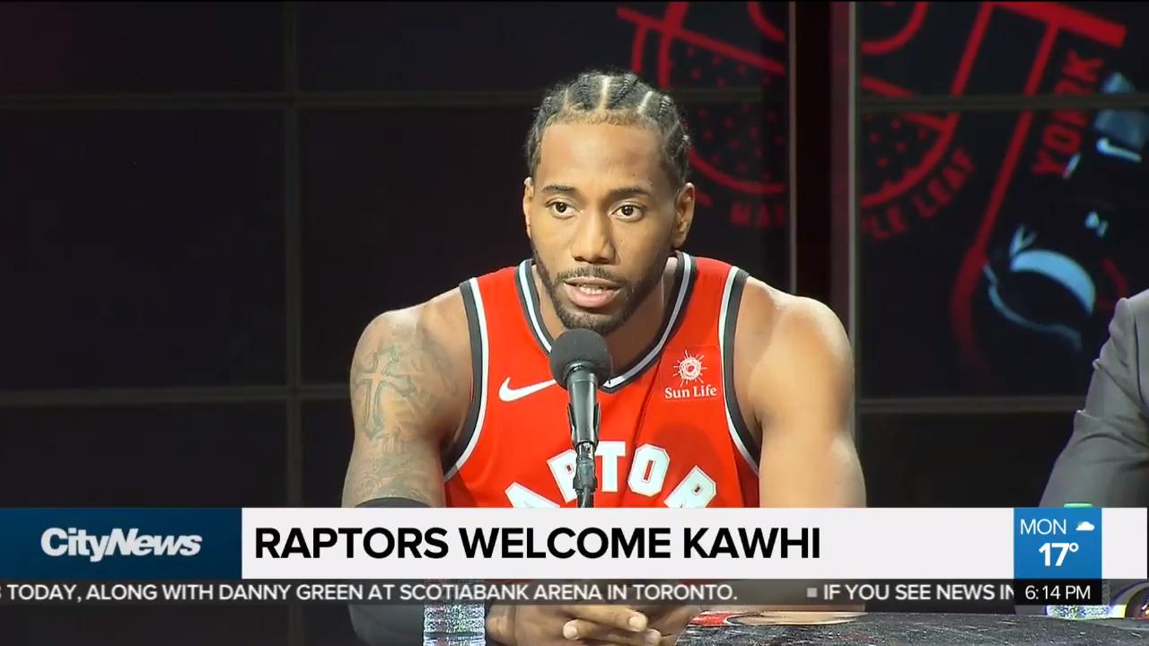 0f570a71e Raptors officially introduce Kawhi Leonard