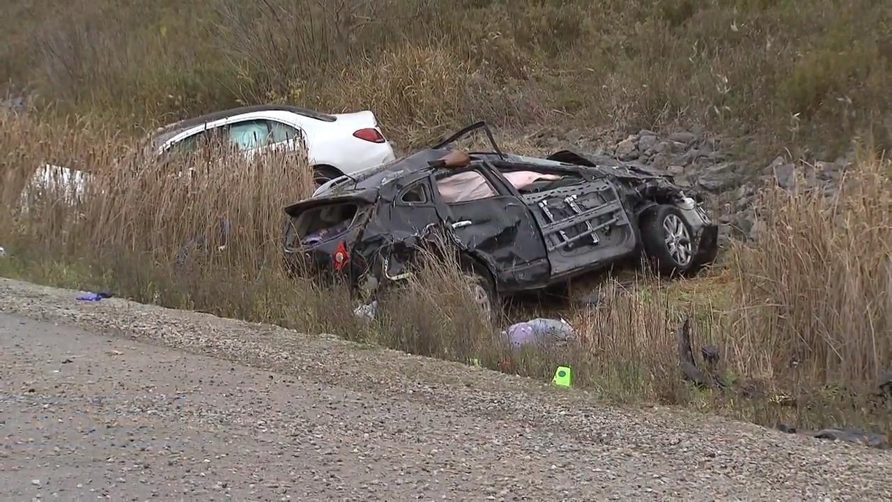 Newmarket mother of 3 dead after crash on Highway 404