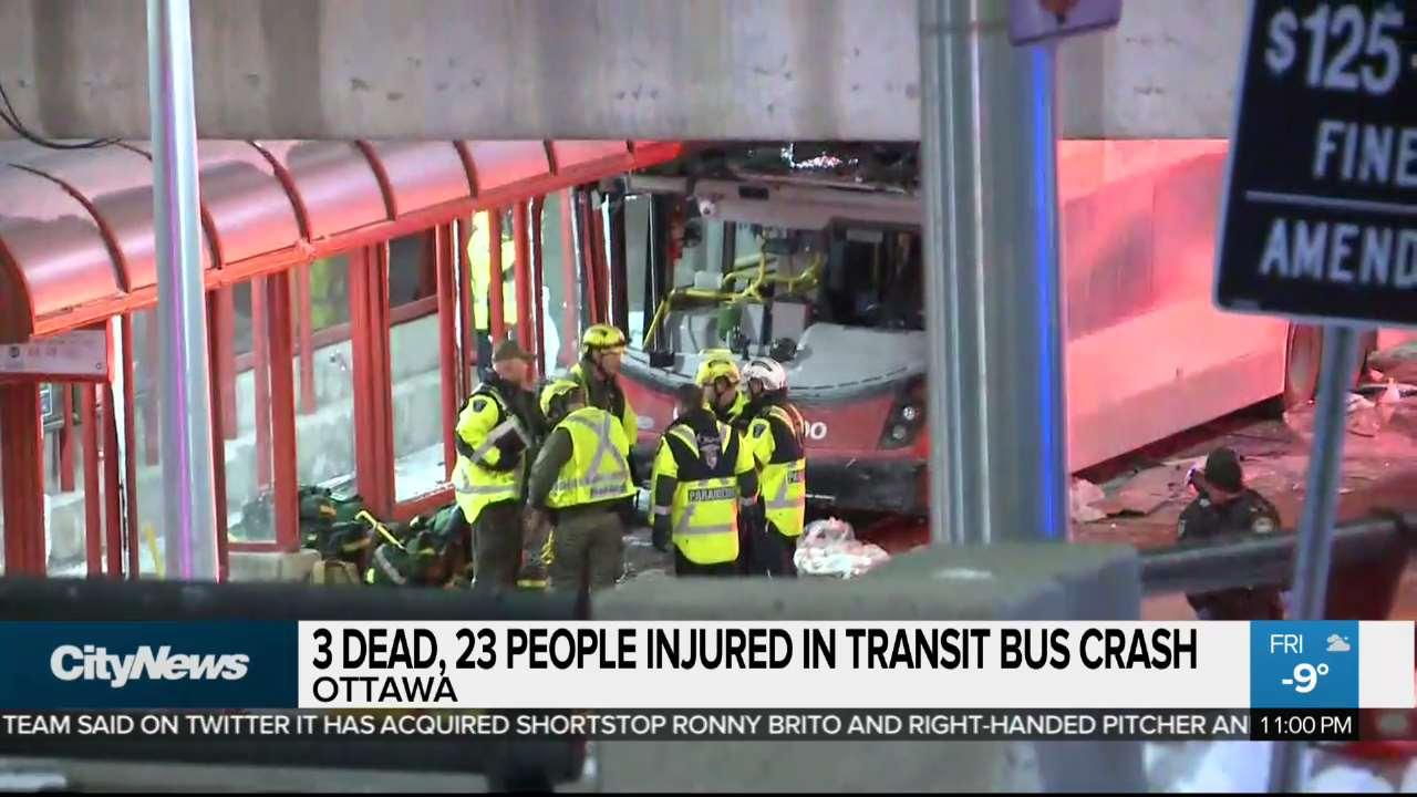 3 dead, 23 hurt in Ottawa double-decker bus crash, driver