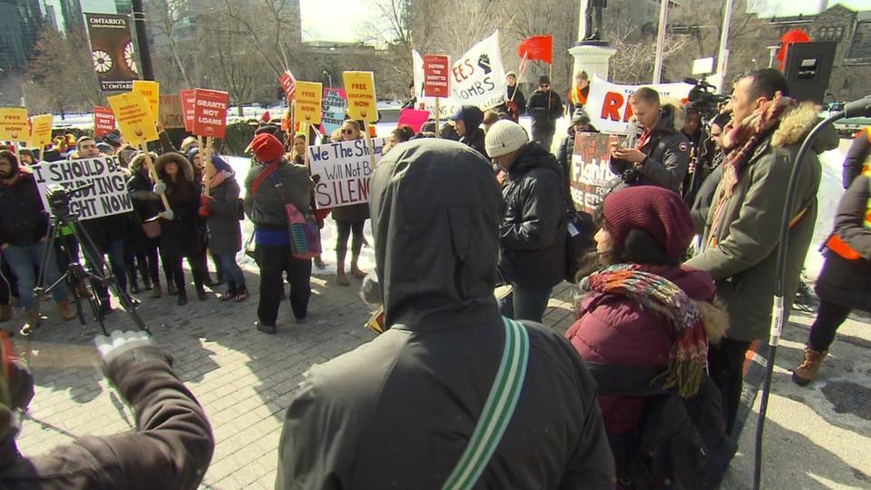 MPPs return to legislature amid protests about autism program, OSAP changes