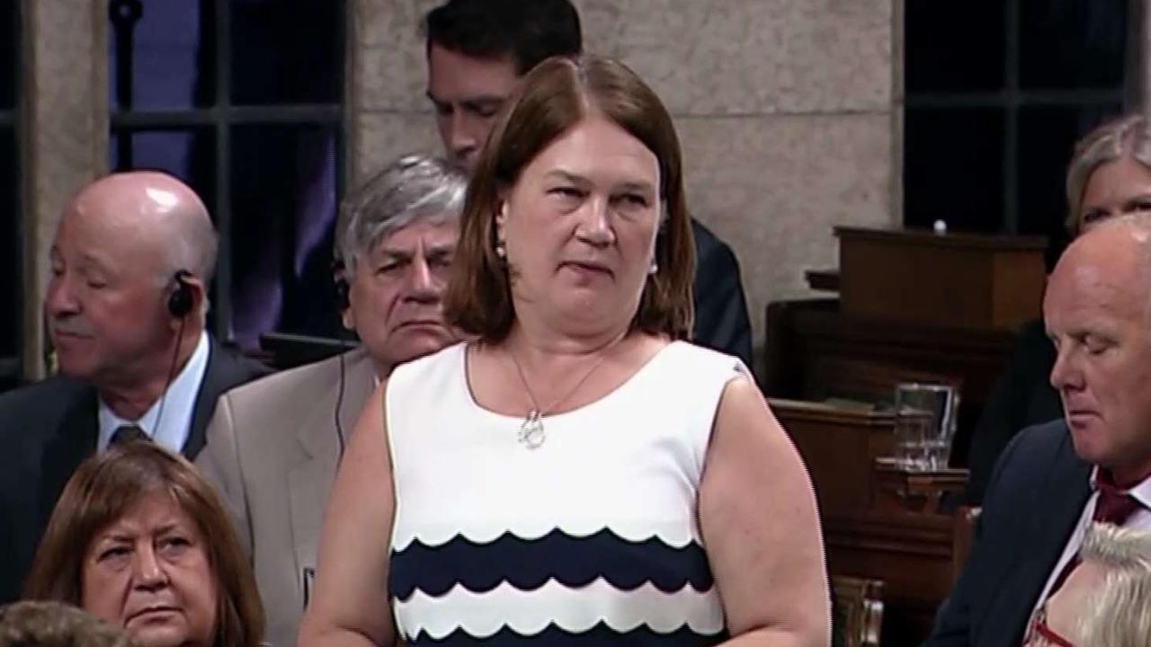 Philpott's resignation a major 'blow' to Trudeau: Analyst