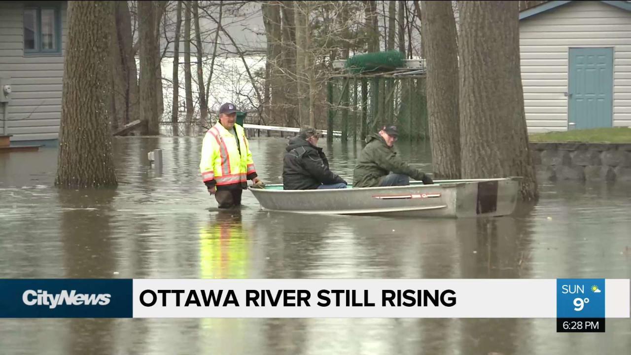 Ottawa riverside communities still dealing with flooding crisis