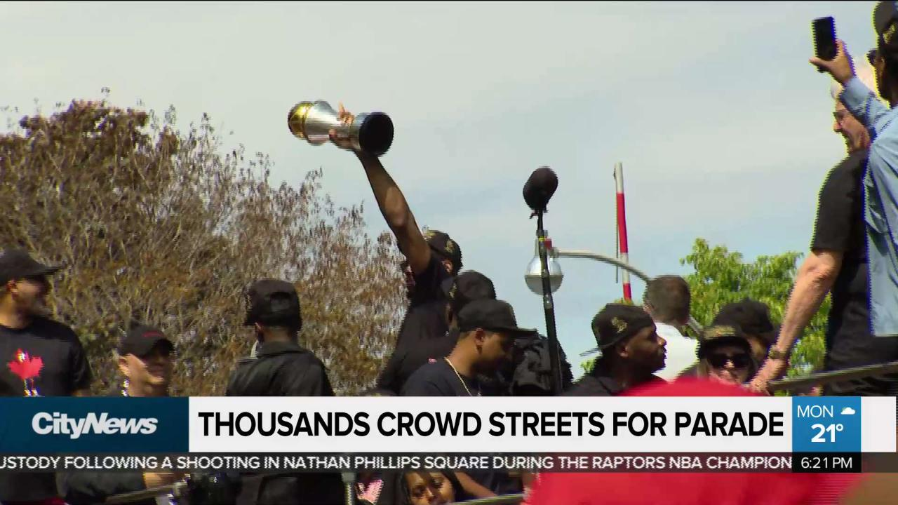 Fans skip out on school, work to attend Raptors parade