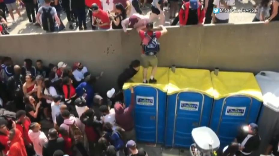 Good Samaritans help during Raptors parade shooting panic